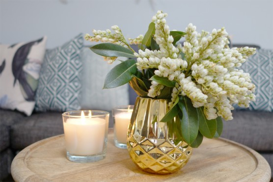 Small Gold Vases Lovestruck Weddings And Events