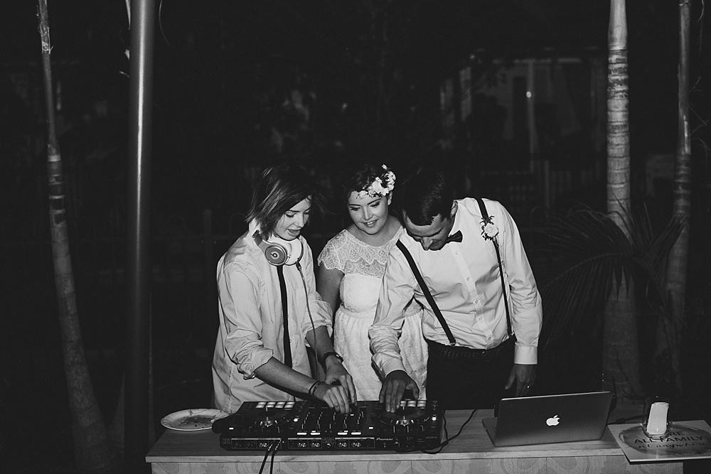 Lovestruck Weddings - Mike & Zoe - DJ