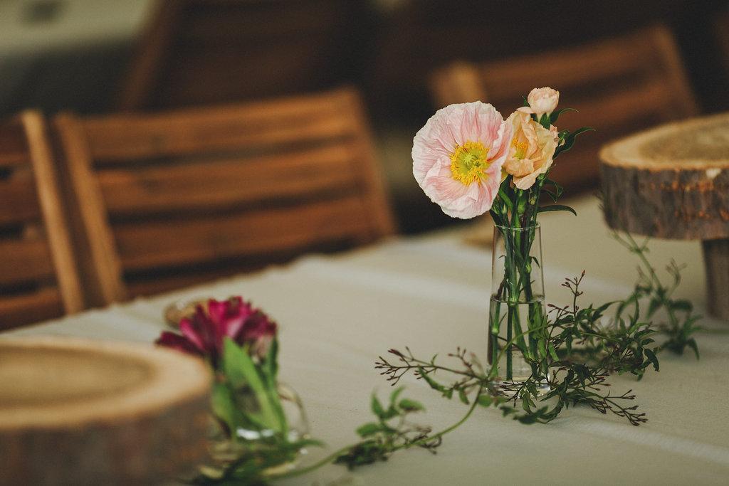 Sally and Lachlan's Upper Brookfield Wedding - Lovestruck Weddings