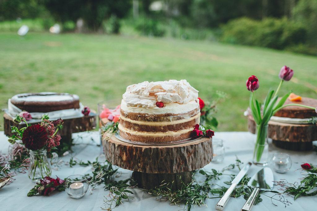 Upper Brookfield Wedding - Cake by Three Girls Skipping