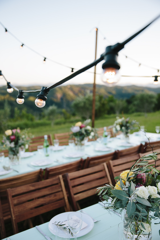 Native Instincts Shoot by Lovestruck Weddings with Elyssium Blooms, Elyssium Lighting & Zoe Topcov Photography.